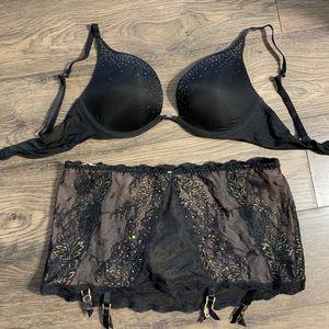 Victoria's Secret push up bra lingerie set